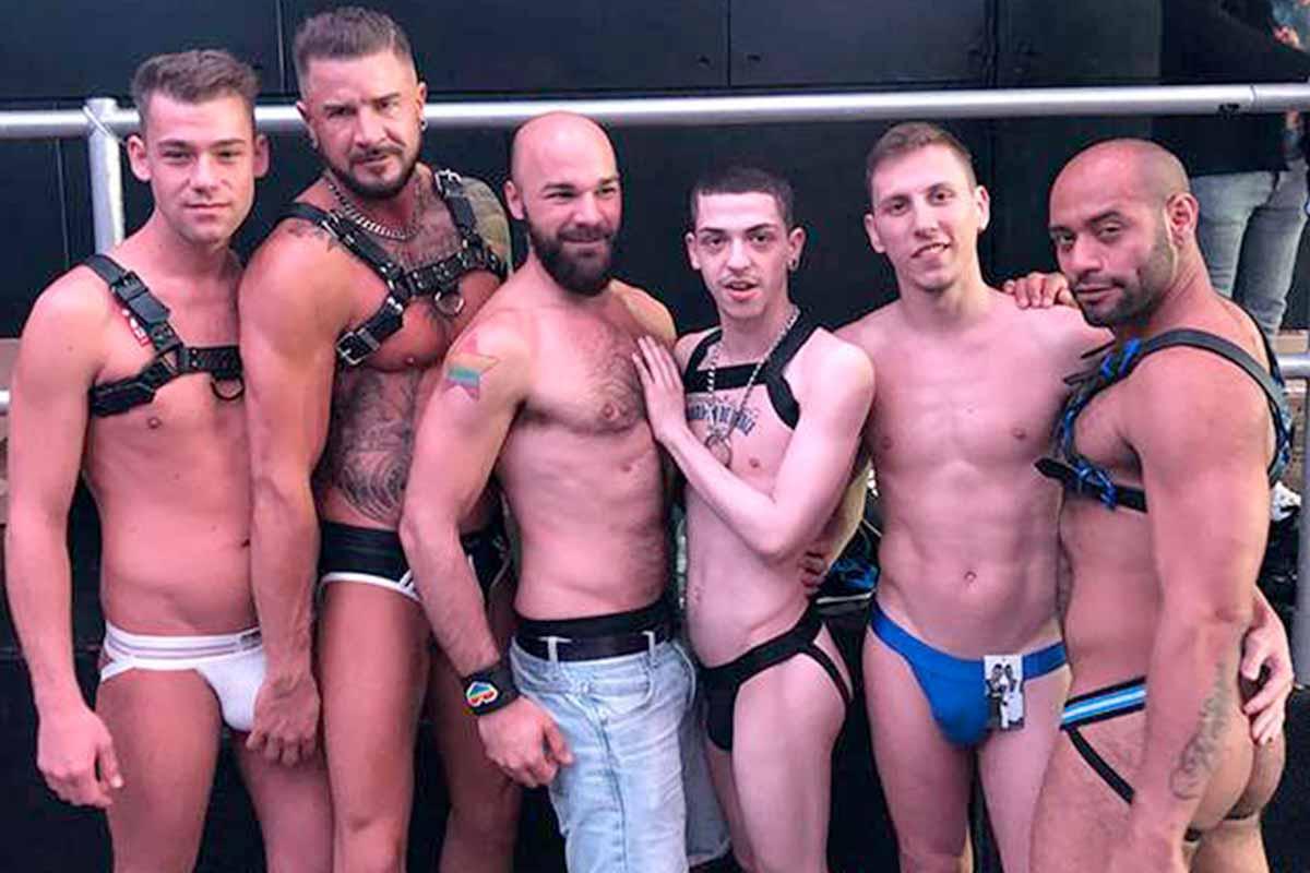 секс геи вечеринка